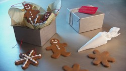 12-14-mh_1056_gingerbread_cookies